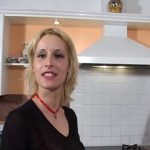Lilou, femme au foyer se fait ravager la chatte