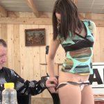 Melyne, gogo danseuse fait son 1er porno