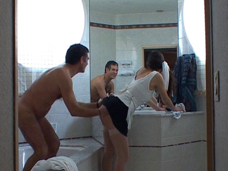 sexe deux femmes un homme salope femme de menage