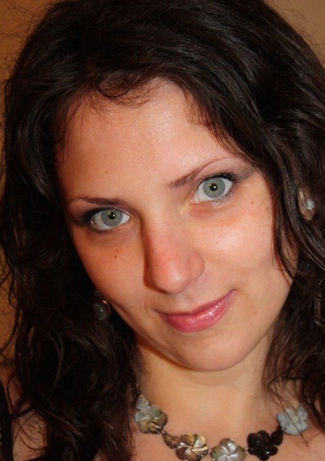 Marilou, libertine brune super chaude