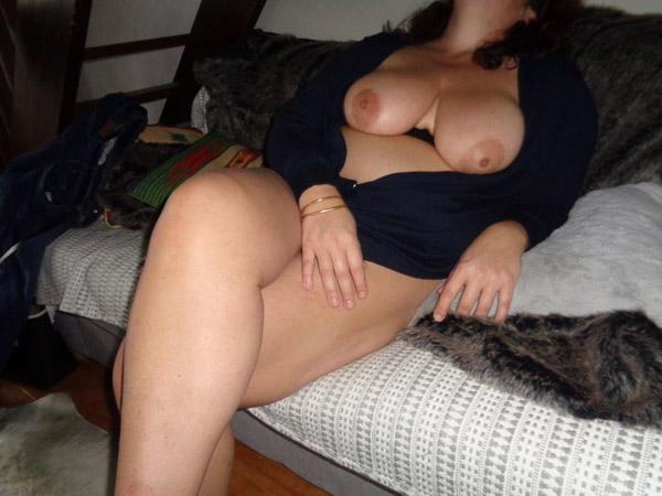 Gros seins de Rosalie 3
