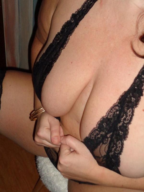 Gros seins de Rosalie 6