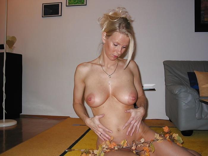 Béatrice femme enceinte nue 1