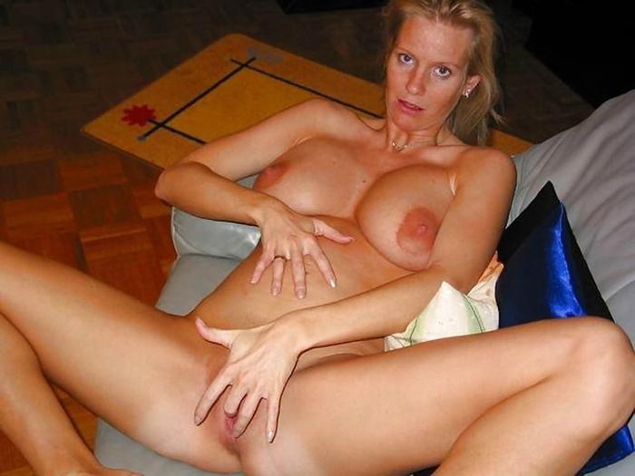 Béatrice femme enceinte nue 26