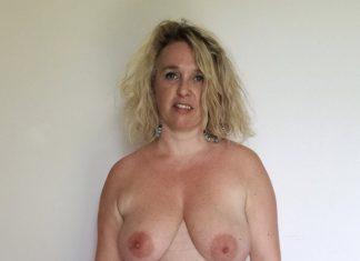 Suzon culotte baissée