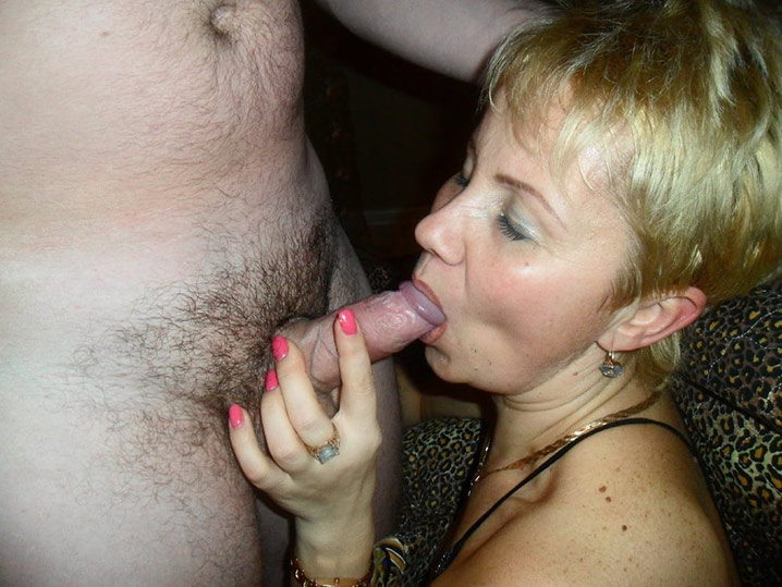 Pauline blonde en chaleur gangbang 20
