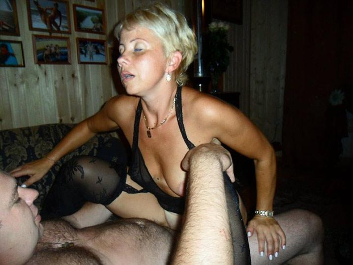 Pauline blonde en chaleur gangbang 3