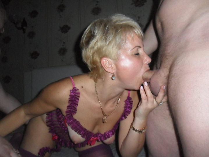 Pauline blonde en chaleur gangbang 31
