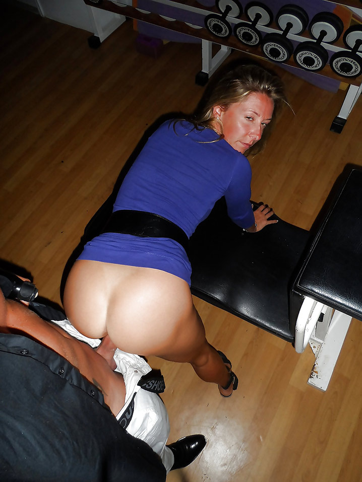 Chatte humide belle MILF Photo 8