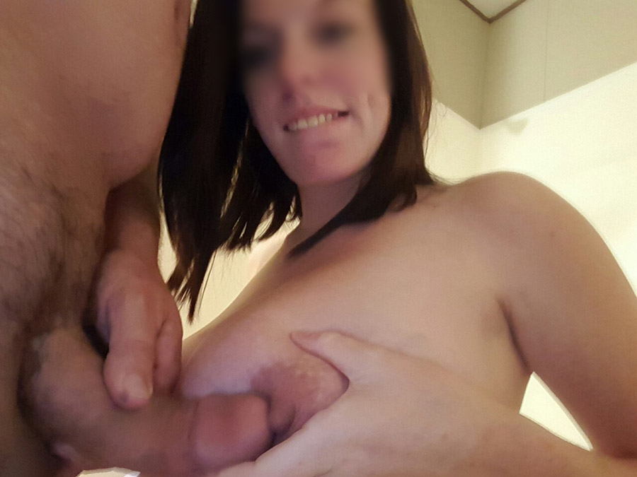 Coquine enceinte nue nique 4