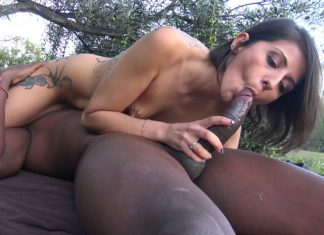 Alya beurette baise exhib avec black 36
