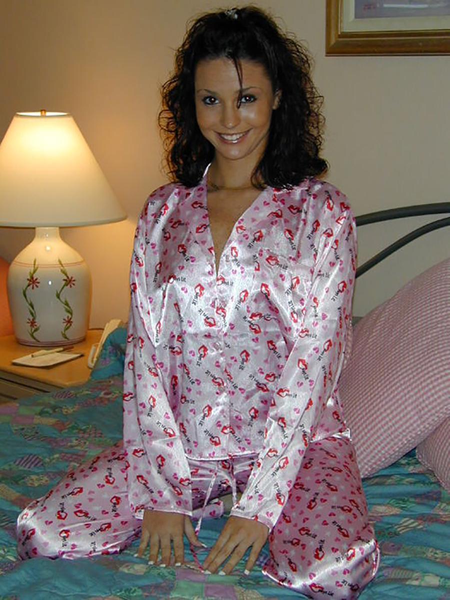 Paola belle portugaise nue 1