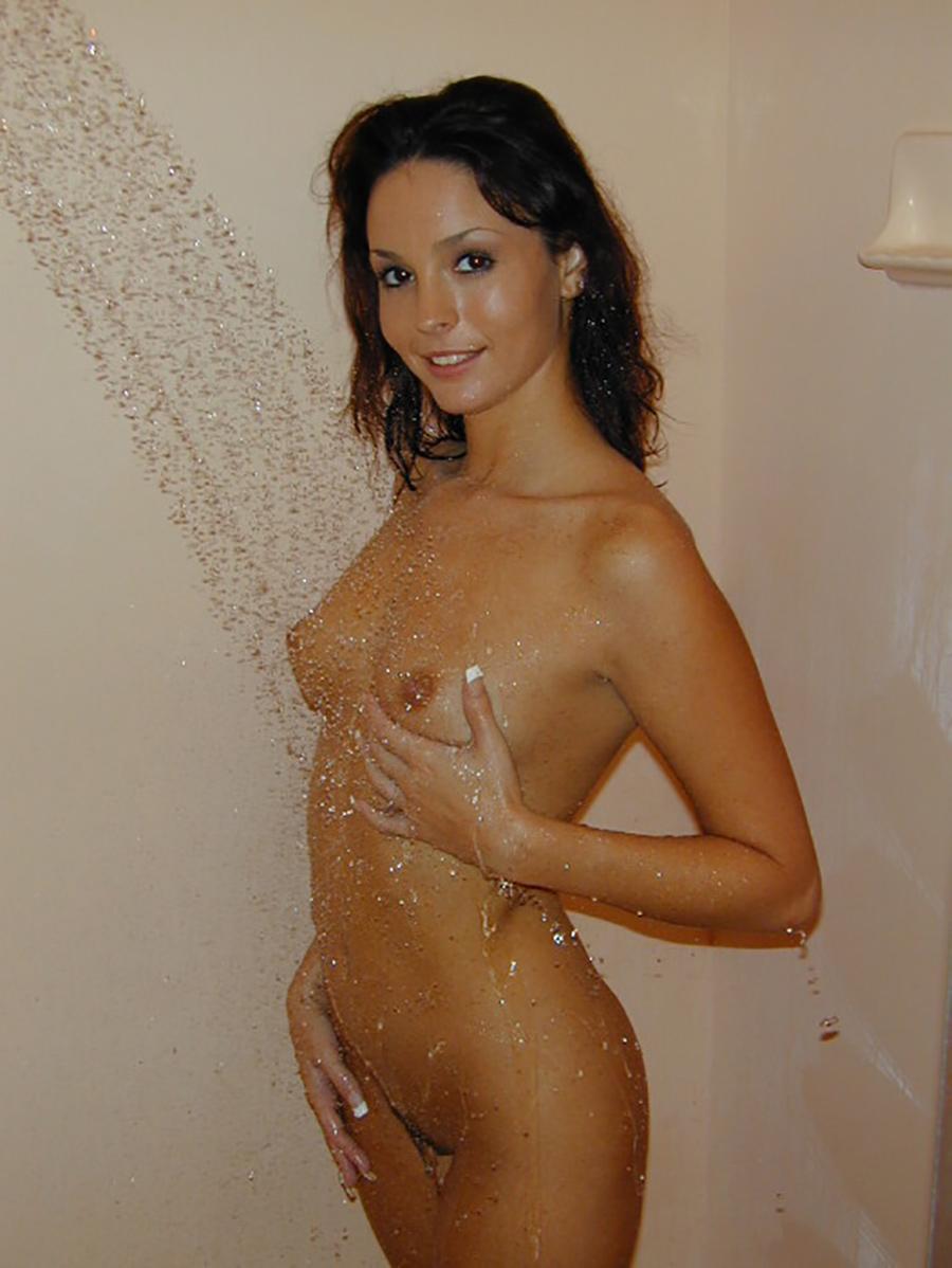 Paola belle portugaise nue 10